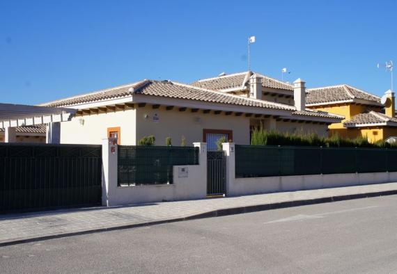 Immaculate Aspe villa
