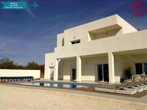 PINOSO LUXURY NEW VILLA