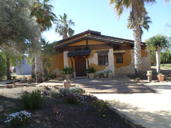 Elche Villa