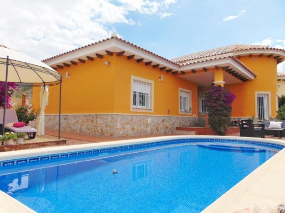 3 Bed Villa with pool in Aspe, Alicante