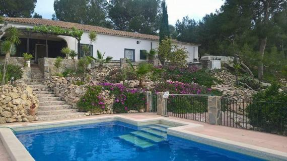 Country house in Hondon de las Nieves