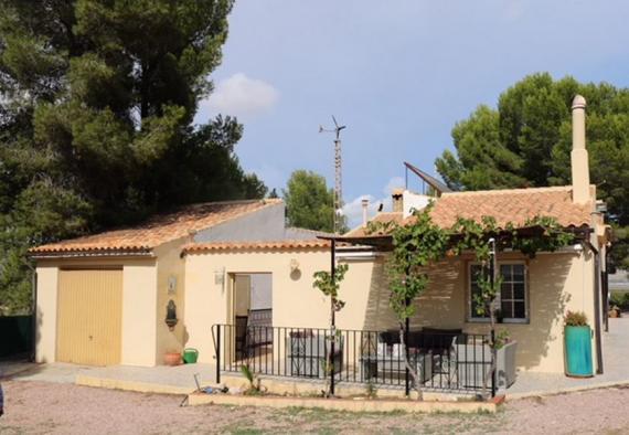 Country house between Monovar & Pinoso